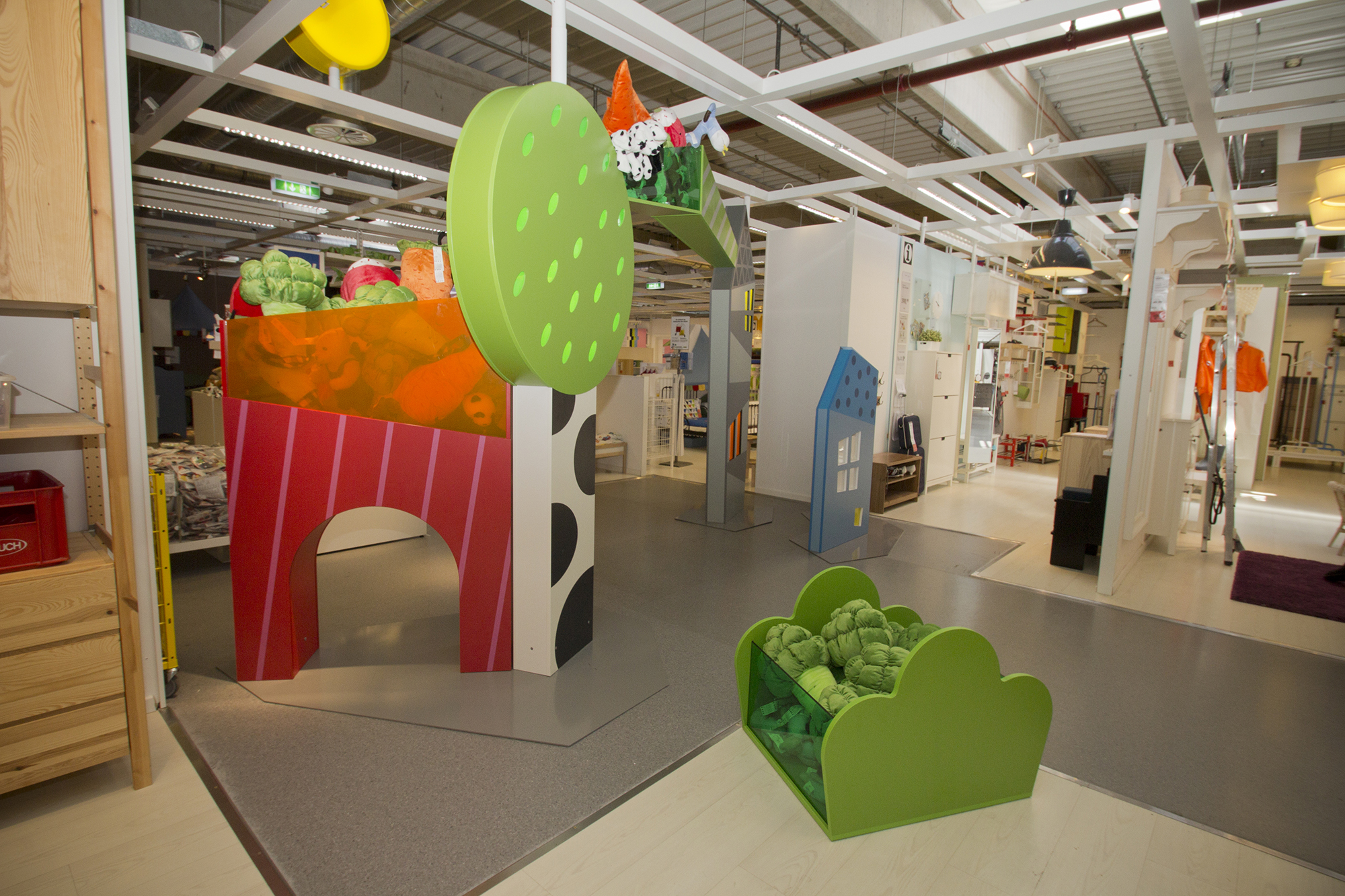 Childrens_IKEA_entrance_4.jpg